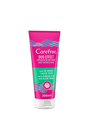 CAREFREE DUO EFFECT INTIMATE WASH GREEN TEA & ALOE 200ML